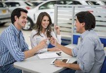 Покупка автомобиля в рассрочку у автосалона